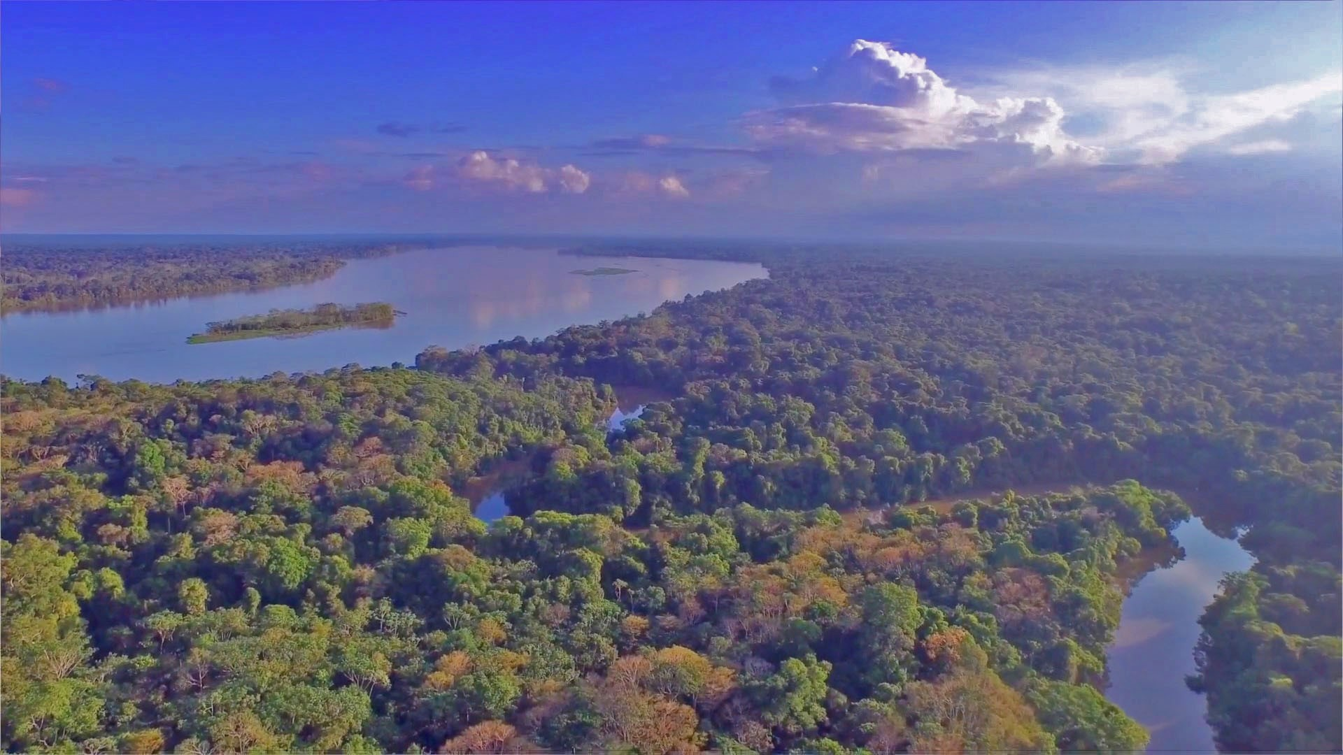 Amazon River Flights to Iquitos